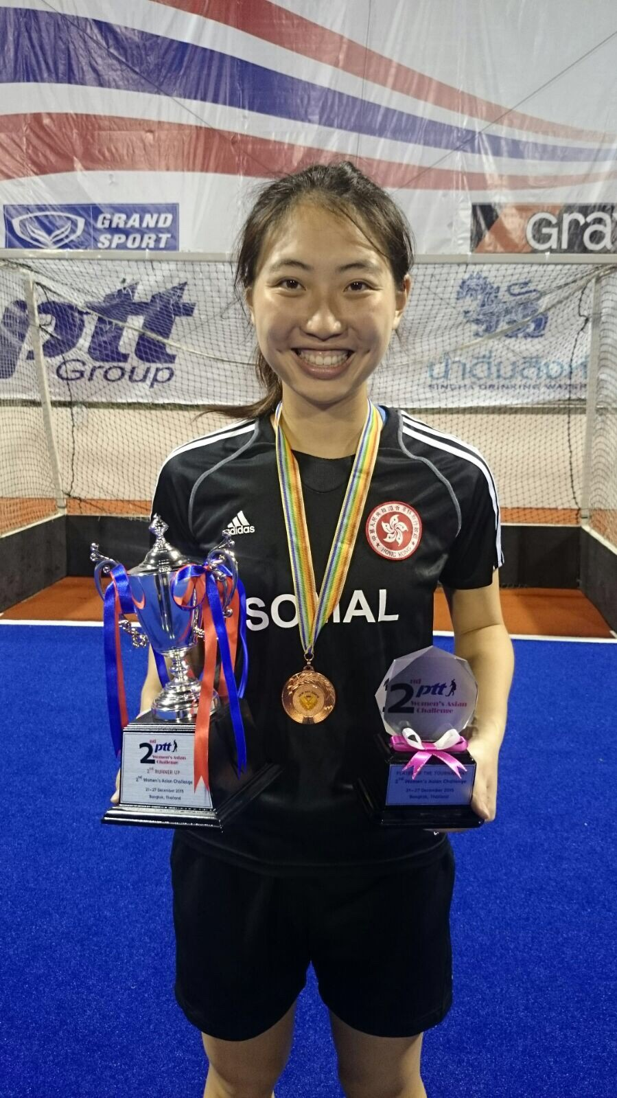 Tiffany Chan taking home Player of the Tournament award